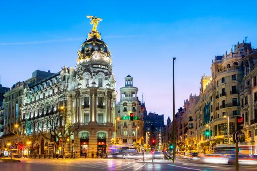 Light Trail「Madrid, Metropolis Building at Night」:スマホ壁紙(16)
