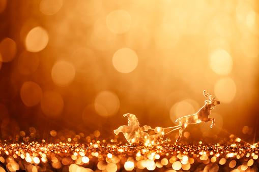 reindeer「Christmas Santa Sleigh and Reindeer - Backgrounds Defocused」:スマホ壁紙(11)