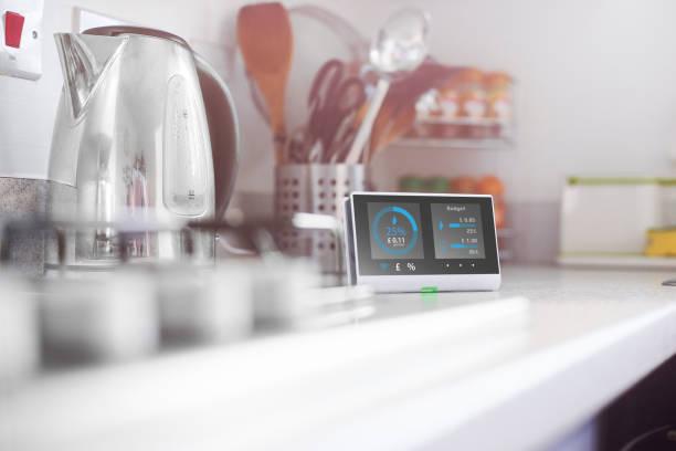 Smart meter in the kitchen:スマホ壁紙(壁紙.com)