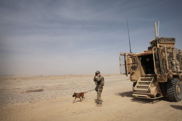 Daniel Gi「U.S. Soldiers Provide Security Around Kandahar Airfield」:写真・画像(6)[壁紙.com]
