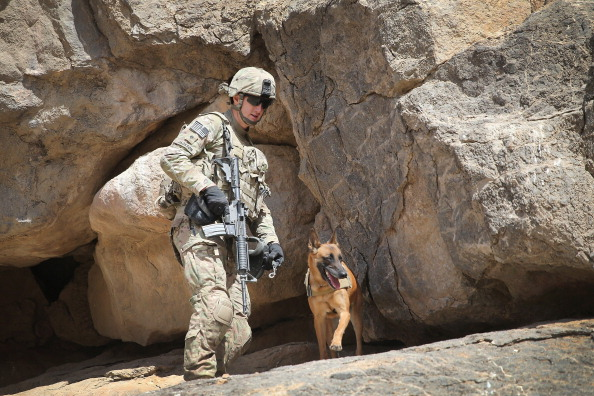 Daniel Gi「U.S. Soldiers Provide Security Around Kandahar Airfield」:写真・画像(18)[壁紙.com]