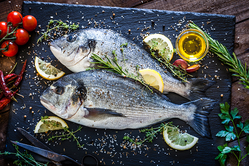 Seafood「Sea bream and ingredients for cooking and seasoning」:スマホ壁紙(11)