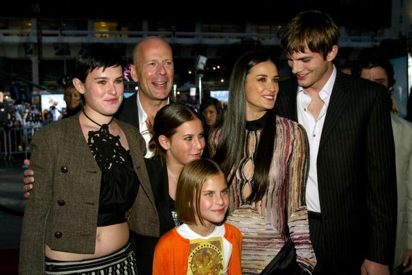Charlie's Angels「Demi Moore, Ashton Kutcher and Bruce Willis」:写真・画像(11)[壁紙.com]