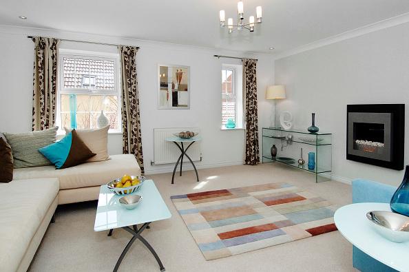 Living Room「Luxury modern lounge in new build house」:写真・画像(3)[壁紙.com]