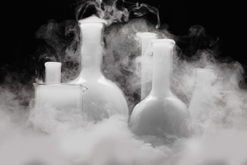Chemical「Laboratory glassware with Vapor」:スマホ壁紙(5)