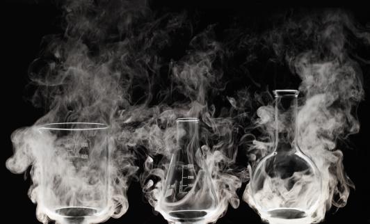 Chemical「Laboratory glassware with Vapor」:スマホ壁紙(19)