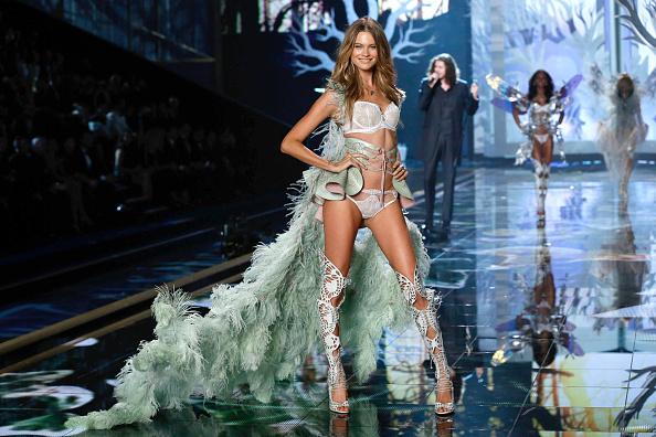 Victoria's Secret「2014 Victoria's Secret Runway Show  - Swarovski Crystal Looks」:写真・画像(5)[壁紙.com]