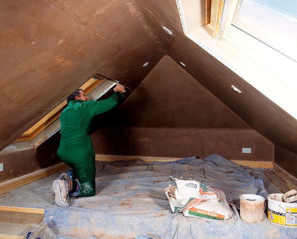 Renovation「Attic conversion Plaster being applied to the walls」:写真・画像(19)[壁紙.com]