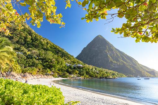 Caribbean「Gros Piton - the famous volcanic peak in St Lucia, 2019」:スマホ壁紙(11)