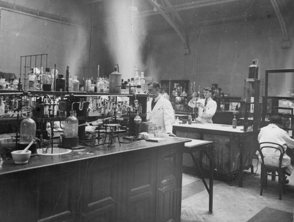 Chemical「Chemistry Lab」:写真・画像(0)[壁紙.com]