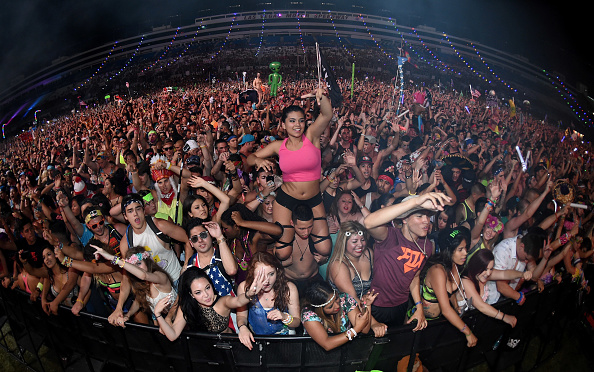 EDC「18th Annual Electric Daisy Carnival - Day 1」:写真・画像(16)[壁紙.com]