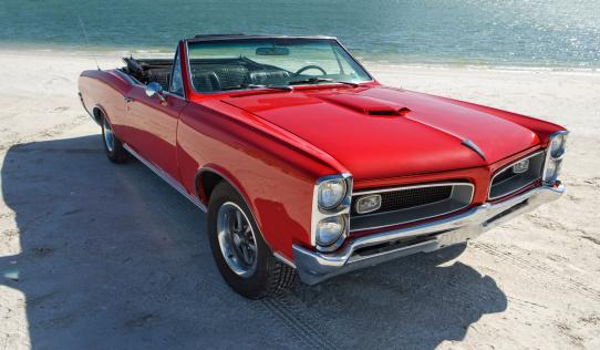 Sports Car「Classic American Muscle Car」:スマホ壁紙(10)
