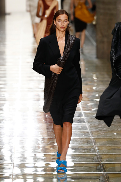 Catwalk - Stage「Bottega Veneta - Runway - Milan Fashion Week Spring/Summer 2020」:写真・画像(18)[壁紙.com]