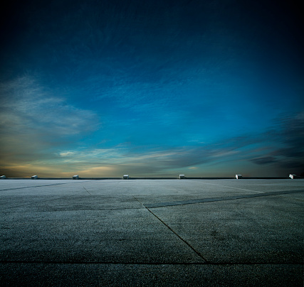 Parking Lot「Night car park」:スマホ壁紙(2)