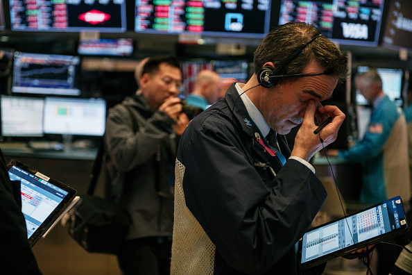 Stock Market and Exchange「Dow Plunges For Second Straight Day On Coronavirus Disruption Fears」:写真・画像(9)[壁紙.com]