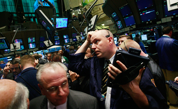 Crisis「Stocks Open Higher After 1.3 Trillion Loss Over The Past Two Days」:写真・画像(1)[壁紙.com]
