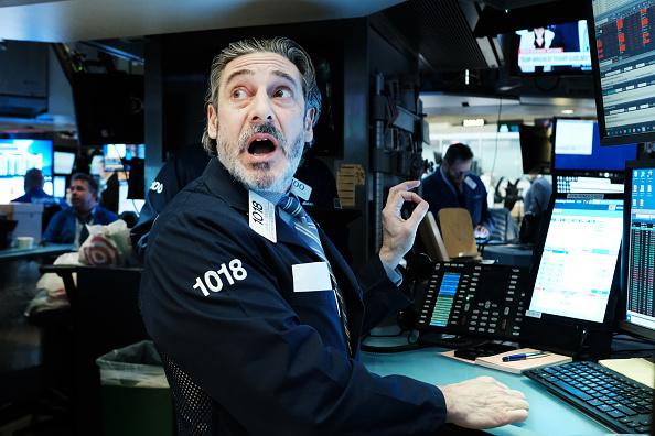 Trader「Markets Continue Sharp Downward Slide, Despite Federal Reserve's Interest Rate Cut」:写真・画像(7)[壁紙.com]