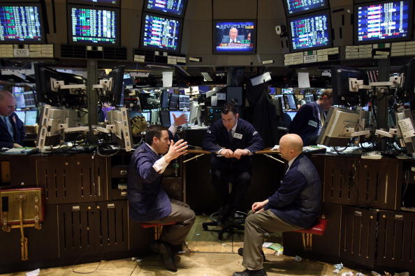 Growth「Fed Holds Interest Rate At Near Zero Levels」:写真・画像(6)[壁紙.com]