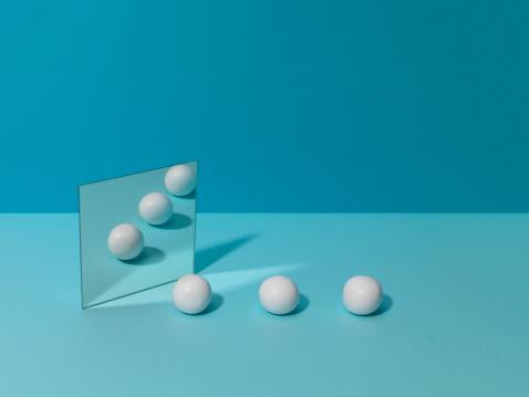 Sphere「White Balls and Mirror」:スマホ壁紙(1)