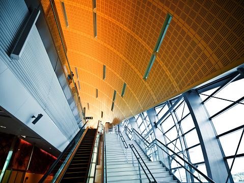 Postmodern「Modern Metro Station」:スマホ壁紙(10)