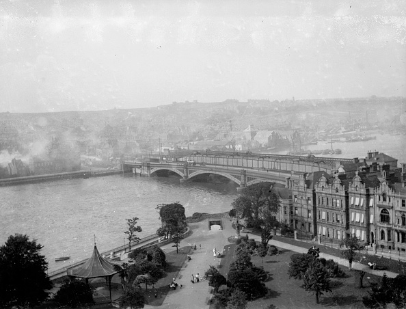 Medway River「Rochester Bridge」:写真・画像(9)[壁紙.com]