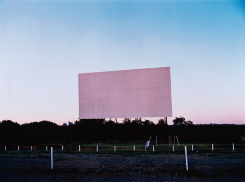 Projection Equipment「Empty Drive-in Theater」:スマホ壁紙(16)