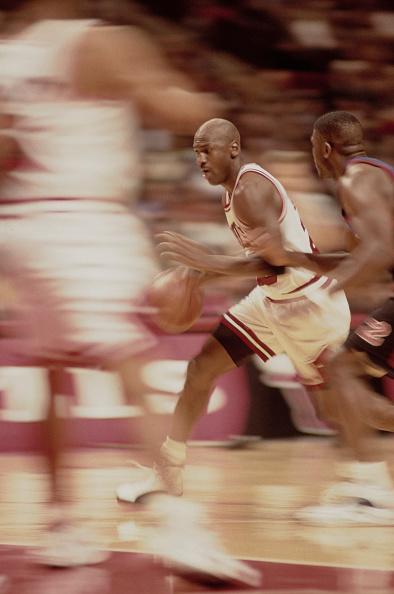 Blurred Motion「New York Knicks vs Chicago Bulls」:写真・画像(8)[壁紙.com]