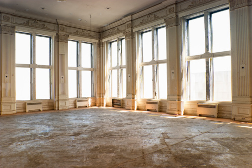 Dirty「Empty old ballroom」:スマホ壁紙(16)