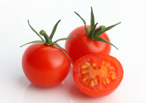 Cherry Tomato「Cherry tomatoes in close up」:スマホ壁紙(2)