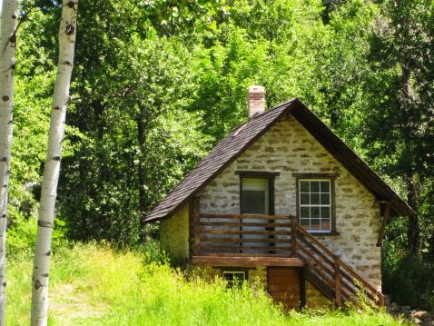 Aspen Tree「Stone Vacation Cabin」:スマホ壁紙(17)