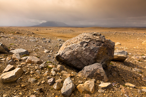 Volcanic Rock「Island, Highlands of Iceland」:スマホ壁紙(16)