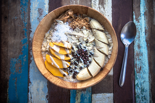 Nut - Food「Granola fruit yogurt for breakfast」:スマホ壁紙(14)