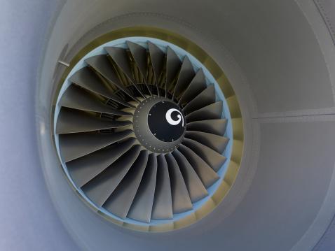 Engine「Turbine blades of a commercial jet engine」:スマホ壁紙(11)