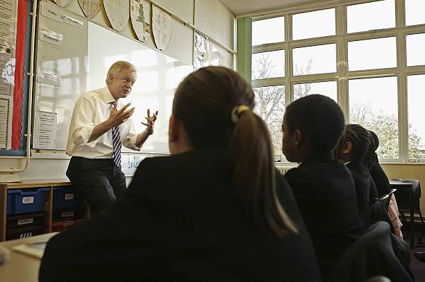 David Davis Goes Back To School:ニュース(壁紙.com)