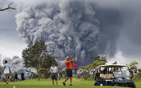 Volcano「Hawaii's Kilauea Volcano Erupts Forcing Evacuations」:写真・画像(4)[壁紙.com]