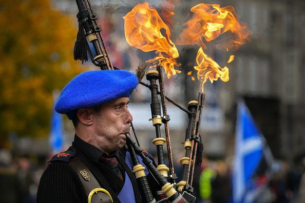 Bagpipe「Nicola Sturgeon Addresses Indyref2 Rally」:写真・画像(2)[壁紙.com]
