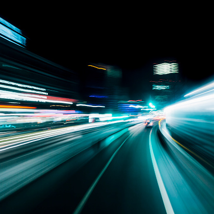 Light Trail「Abstract long exposure blurred city lights, Berlin, Germany」:スマホ壁紙(15)