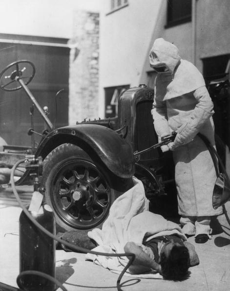Fred Morley「Asbestos Suit」:写真・画像(13)[壁紙.com]