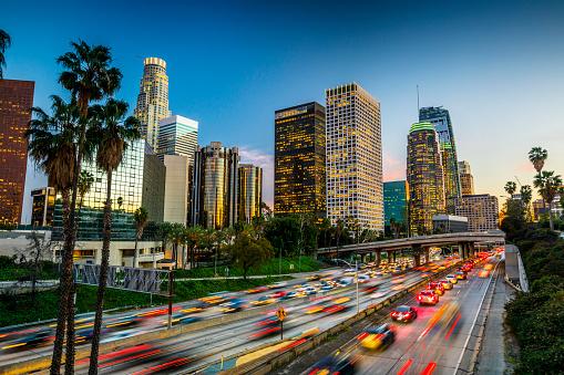 City Of Los Angeles「Traffic in downtown Los Angeles, California」:スマホ壁紙(10)