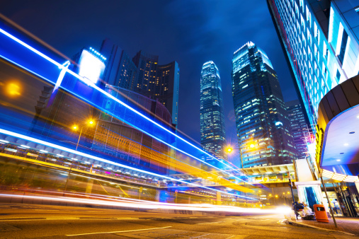 Driving「traffic in city at night」:スマホ壁紙(1)