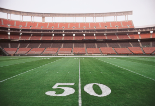 Stadium「50 yard line on American football field, close-up」:スマホ壁紙(5)