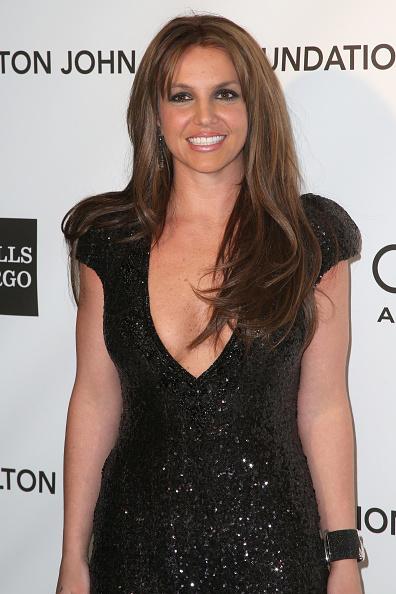 Brown Hair「21st Annual Elton John AIDS Foundation's Oscar Viewing Party - Arrivals」:写真・画像(1)[壁紙.com]