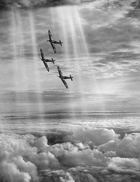 World War II「Supermarine Spitfire」:写真・画像(13)[壁紙.com]