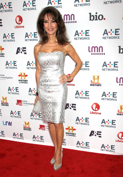 Metallic Dress「A&E Networks 2013 Upfront」:写真・画像(1)[壁紙.com]