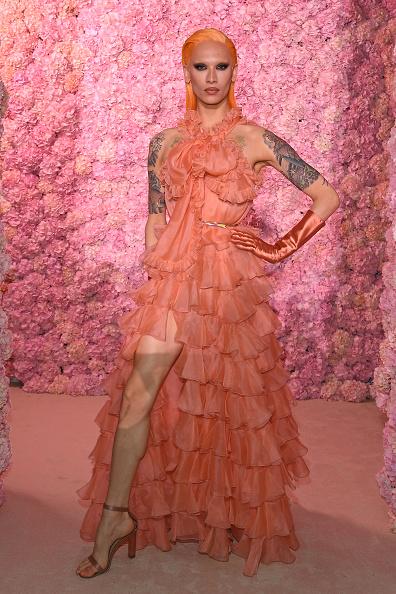 Maxi Dress「Giambattista Valli : Front Row - Paris Fashion Week Womenswear Fall/Winter 2020/2021」:写真・画像(8)[壁紙.com]