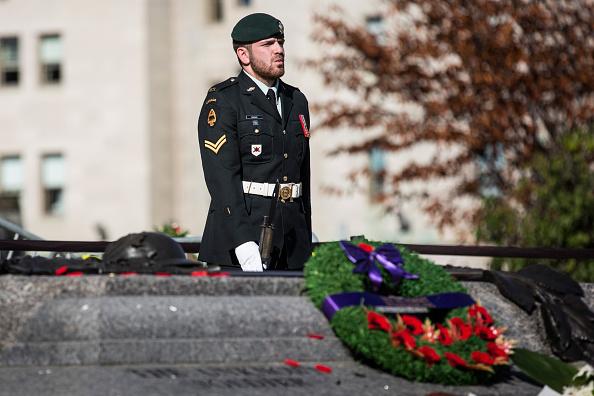 Nathan Burton「Ottawa On Alert After Shootings At Nation's Capitol」:写真・画像(3)[壁紙.com]