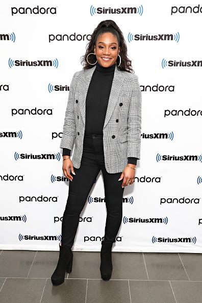 Turtleneck「Celebrities Visit SiriusXM - January 9, 2020」:写真・画像(17)[壁紙.com]