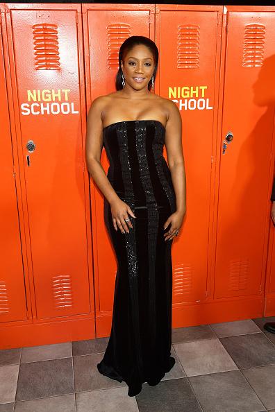 "Strapless Dress「Premiere Of Universal Pictures' ""Night School"" - Arrivals」:写真・画像(15)[壁紙.com]"