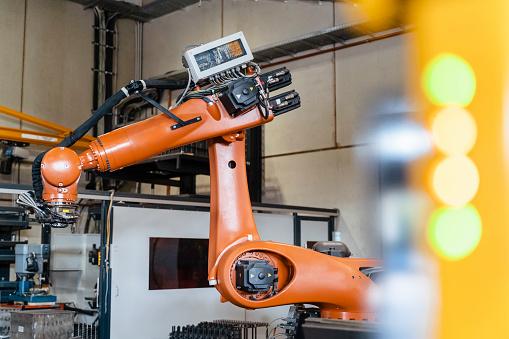 Robotics「Robotic arms manufacturing in industry」:スマホ壁紙(17)