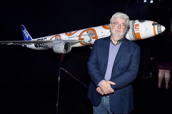 "George Lucas「Premiere Of ""Star Wars: The Force Awakens"" - Red Carpet」:写真・画像(7)[壁紙.com]"